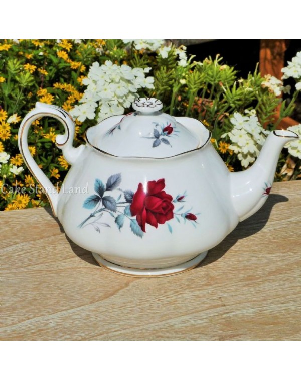 (SOLD) ROYAL ALBERT SWEET ROMANCE VINTAGE TEAPOT
